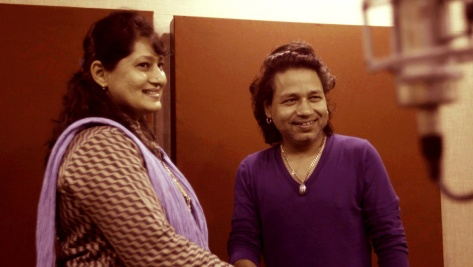 Filmmaker-composer Fauzia Arshi with singer Kailash Kher. - Pic 2