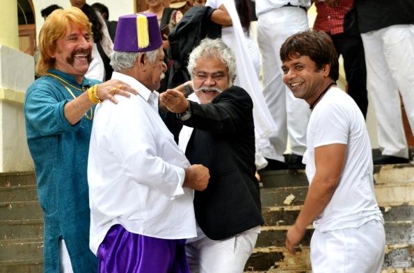 Razzaq Khan, Om Puri, Sanjay Mishra and Raajpal Yadav in Hogaya Dimaagh Ka Dahi