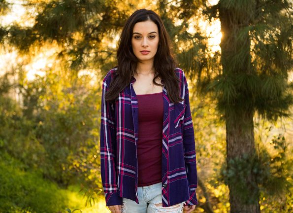 evelyn-sharma-in-la-pic-5