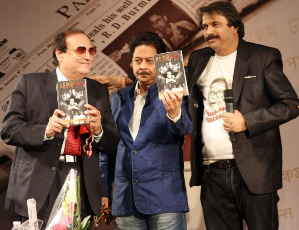 l-to-r-tariq-khan-composer-anand-of-anand-milind-and-author-chaitanya-padukone-at-the-launch-of-r-d-burmania