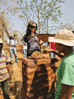 Evelyn Sharma at Habitat - Pic (13)