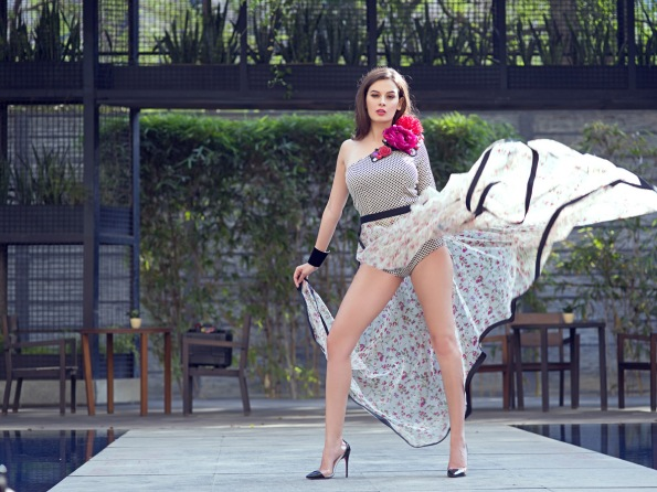 Evelyn Sharma - Pic 21