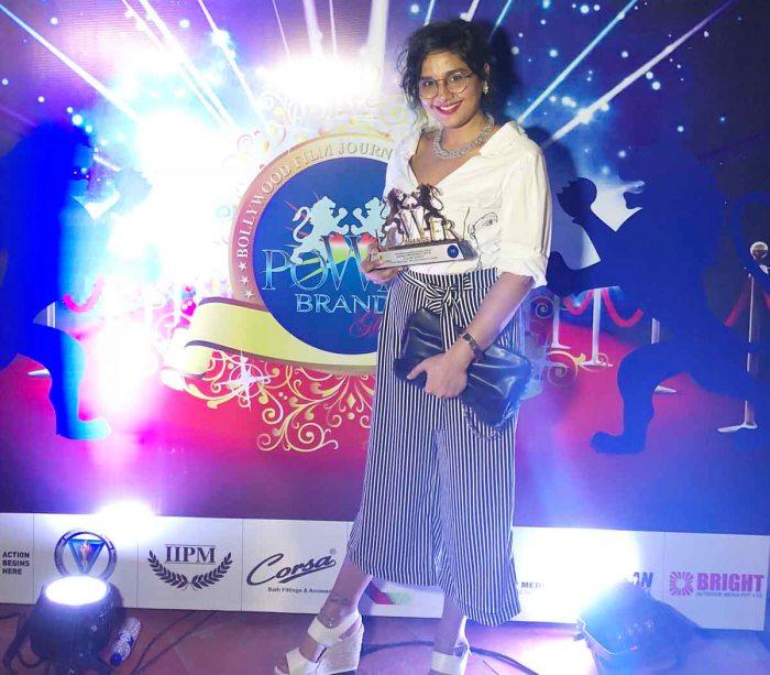 Preetisheel Singh gets the Power Brands Award.