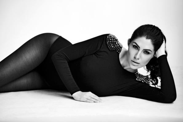 Elnaaz Norouzi. Pic 19.